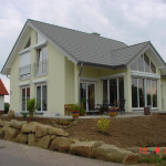 Neubauhaus mit Wintergarten