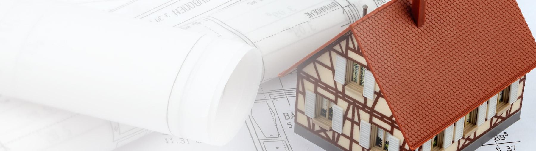 Miniaturhaus und Baupläne